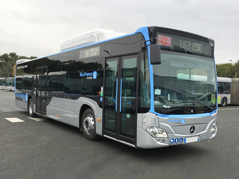 Marquage adhésif d'une flotte de bus
